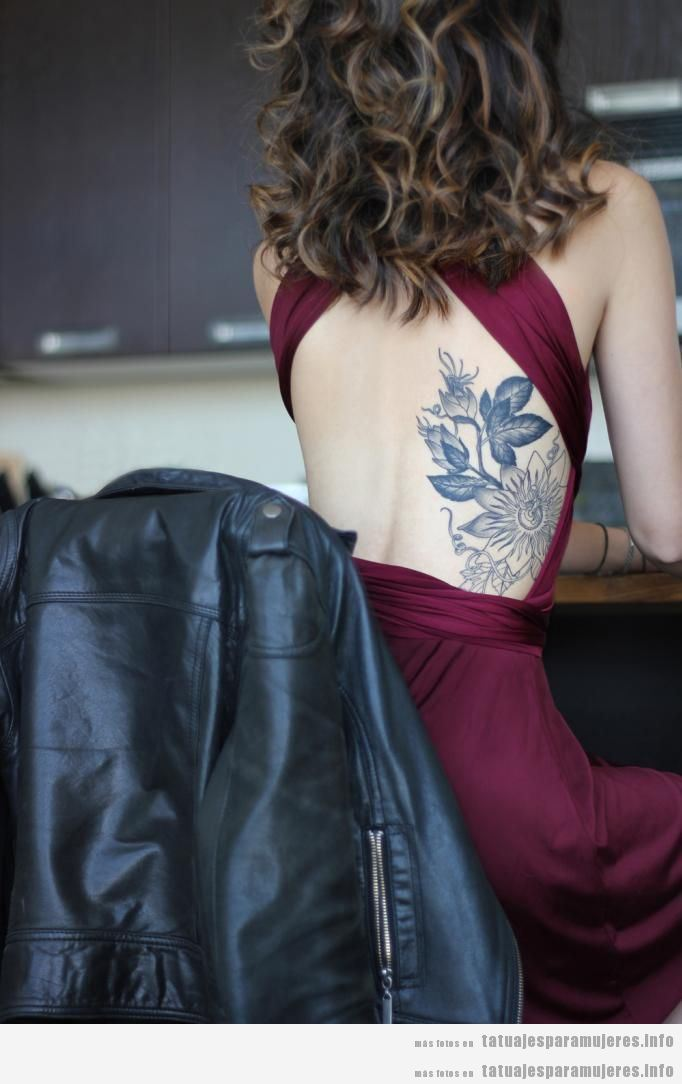 Tatuajes Para Mujeres En El Costado 50 Diseños Despampanantes