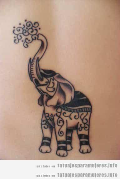 Tatuaje de un elefante estilo artístico