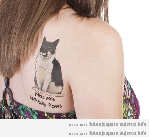 Tatuajes conmemorativos ser gatos fallecido