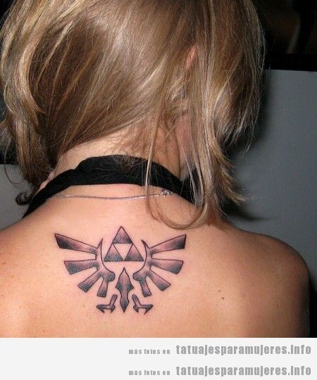 Tatuaje friki del videojuego Zelda para mujer 2
