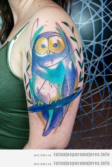Tatuaje búho para mujer en el brazo