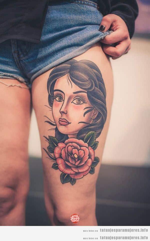 Tatuajes en el muslo con retratos de mujer