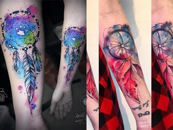 Tatuajes mujer atrapasueños en el antebrazo
