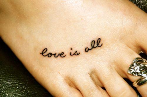 Tatuajes con frases de amor 17