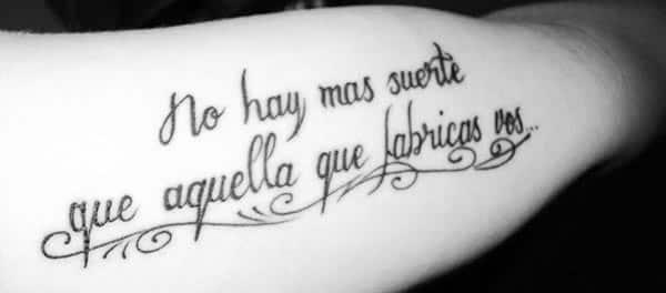 Tatuajes para mujer con frases en español sobre la vida 10