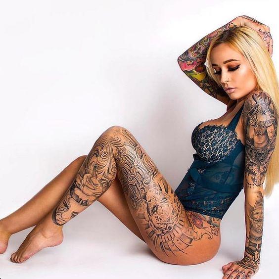 Tatuajes mujer en las piernas 2
