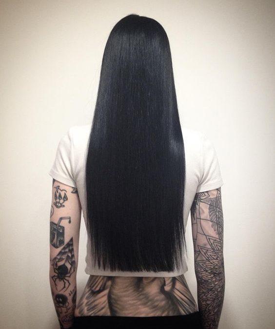 Tatuajes para mujeres con pelo liso