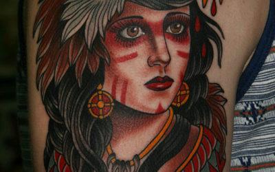 +25 Tatuajes de Mujer con Animal en la Cabeza