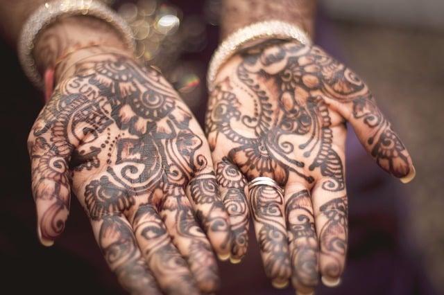Tatuajes henna manos