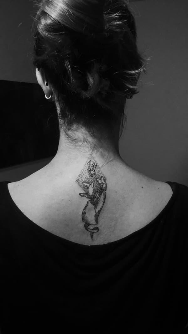 Tatuajes mujeres 2019 arte abstracto