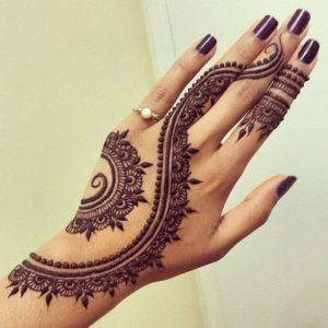 Tatuaje henna mano 2
