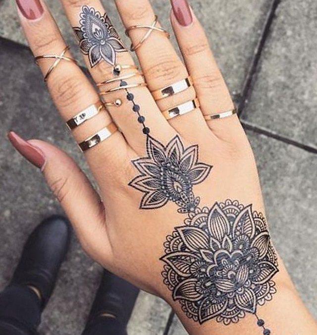Tatuajes en la mano para mujeres: mandalas, henna y mucho más