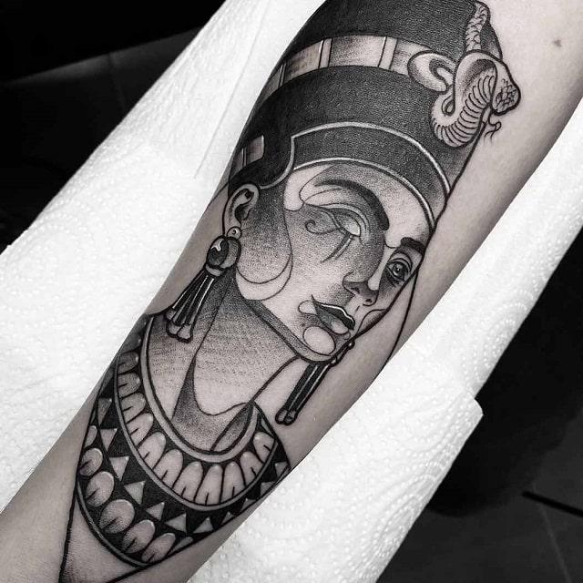 Tatuajes para mujeres de The Club que nos han enamorado